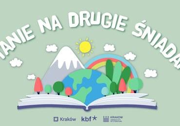 """""""Czytanie na drugie śniadanie"""". Krakowscy twórcy czytają dzieciom"""