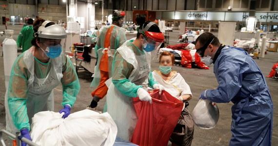 W ciągu ostatniej doby zanotowano w Hiszpanii 849 nowych przypadków śmiertelnych z powodu koronawirusa - poinformowało we wtorek przed południem ministerstwo zdrowia w Madrycie. Z szacunków resortu wynika, że łącznie na terenie Hiszpanii z powodu pandemii zmarło już 8189 osób.