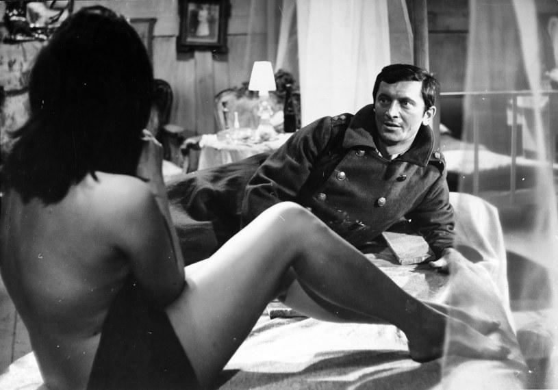 """W czwartek, 2 kwietnia, mija 50 lat od kinowej premiery komedii Tadeusza Chmielewskiego """"Jak rozpętałem drugą wojnę światową""""."""