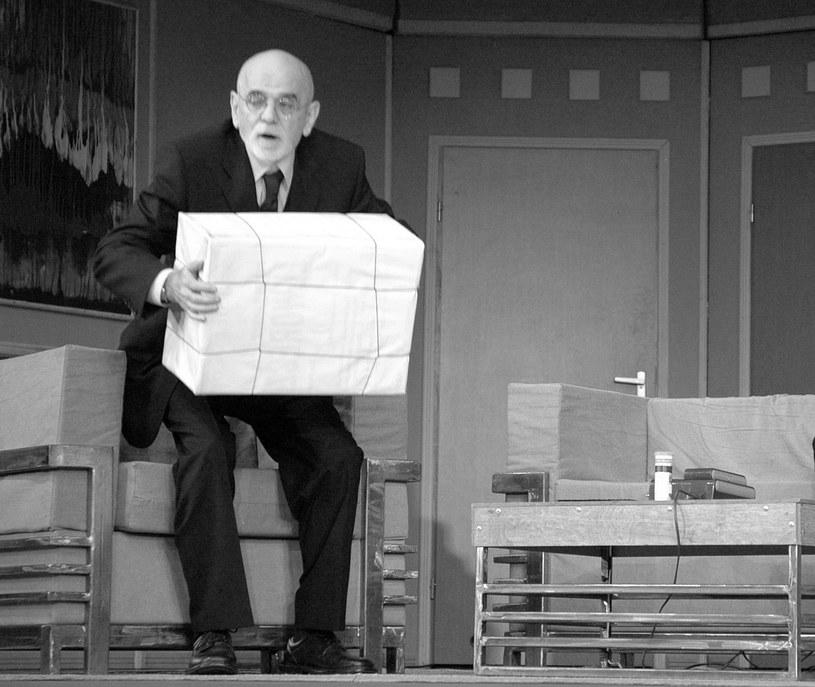 Zmarł aktor teatralny i filmowy Andrzej Mrozek, który przez ponad 30 lat był związany z Teatrem Polskim we Wrocławiu. Miał 80 lat.
