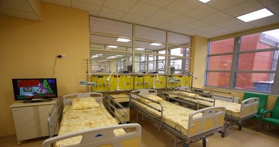 Z powodu potwierdzenia zakażenia koronawirusem u kilku osób z personelu zamknięty został Oddział Anestezjologii i Intensywnej Terapii w Uniwersyteckim Szpitalu Dziecięcym w Krakowie-Prokocimiu.