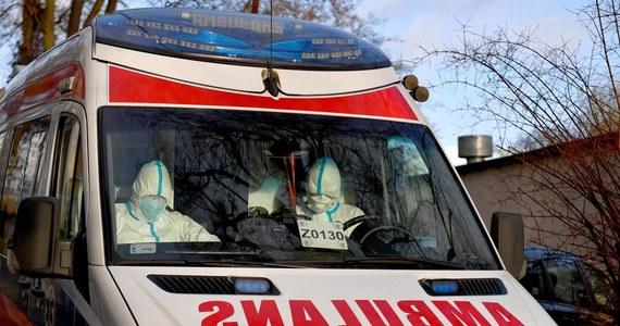 """""""Sytuacja w Krotoszynie jest obecnie najgorsza, jeżeli chodzi o liczbę zakażeń koronawirusem w Wielkopolsce. Winę za zaniedbania ponosi szpital w Krotoszynie, bo tam było główne ognisko zarażeń"""" - poinformował w niedzielę PAP wojewoda wielkopolski Łukasz Mikołajczyk. """"Spodziewamy się, że będzie ich jeszcze więcej"""" – dodał."""