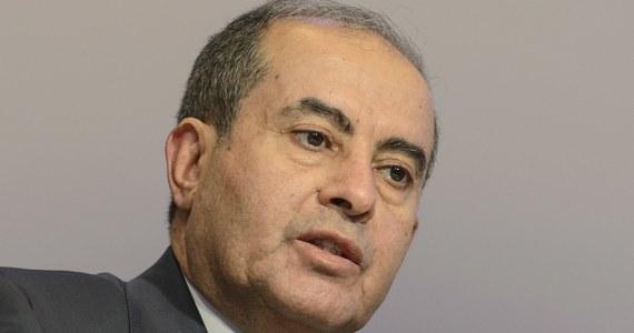 Był szef libijskiego rządu Mahmud Dżibril zmarł w stolicy Egiptu, Kairze, z powodu powikłań po zakażeniu się koronawirusem - poinformował w niedzielę wieczorem jego doradca.