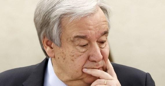 Po raz pierwszy problemem pandemii koronawirusa zajęła się w czwartek Rada Bezpieczeństwa ONZ. Uczestniczący w jej wirtualnym posiedzeniu sekretarz generalny ONZ Antonio Guterres wskazał, że dla pokonania Covid-19 niezbędne są współpraca, solidarność i zasoby.