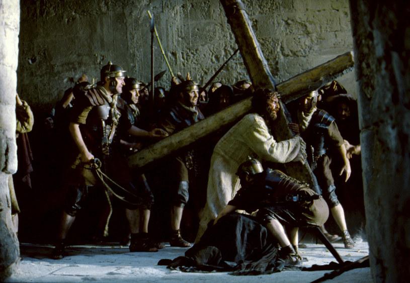 """Wyreżyserowany przez Mela Gibsona film """"Pasja"""", który na ekrany kin trafił w 2004 roku, to jedno z najbardziej przejmujących dzieł w historii kina."""