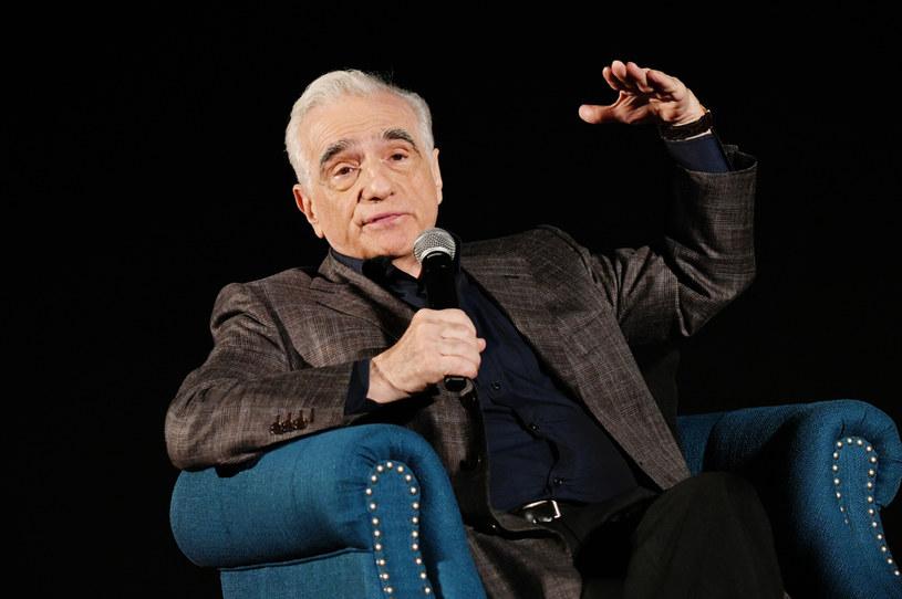 """Ponad 200 milionów dolarów - właśnie tyle ma kosztować nakręcenie najnowszego filmu Martina Scorsese """"Killers of the Flower Moon"""". Według informacji przekazanych przez """"Wall Street Journal"""", reżyser poszukuje właśnie dystrybutora filmu, który pomoże studiu Paramount w sfinansowaniu projektu."""