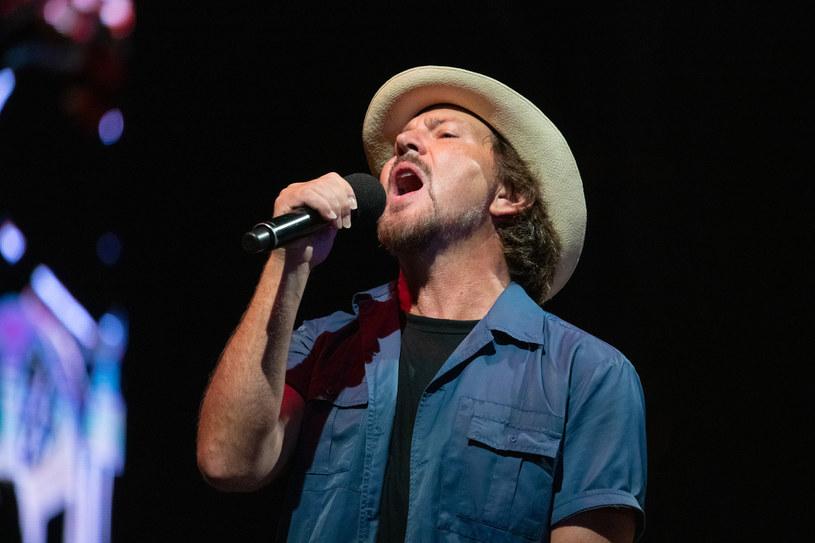 Zaplanowana na lato 2020 r. europejska trasa grupy Pearl Jam została przełożona na 2021 r. w związku z pandemią koronawirusa. To oznacza, że 13 lipca nie odbędzie się koncert w Tauron Arenie Kraków.