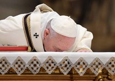 Papież w orędziu wielkanocnym: To nie jest czas na obojętność