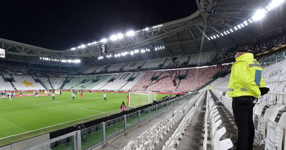 Nawet do końca roku mecze włoskiej ekstraklasy piłkarskiej mogą być rozgrywane przy pustych trybunach - donosi serwis Sport Mediaset. Obecnie piłkarskie rozgrywki we Włoszech są wstrzymane z powodu pandemii koronawirusa i nie wiadomo, kiedy wystartują ponownie.