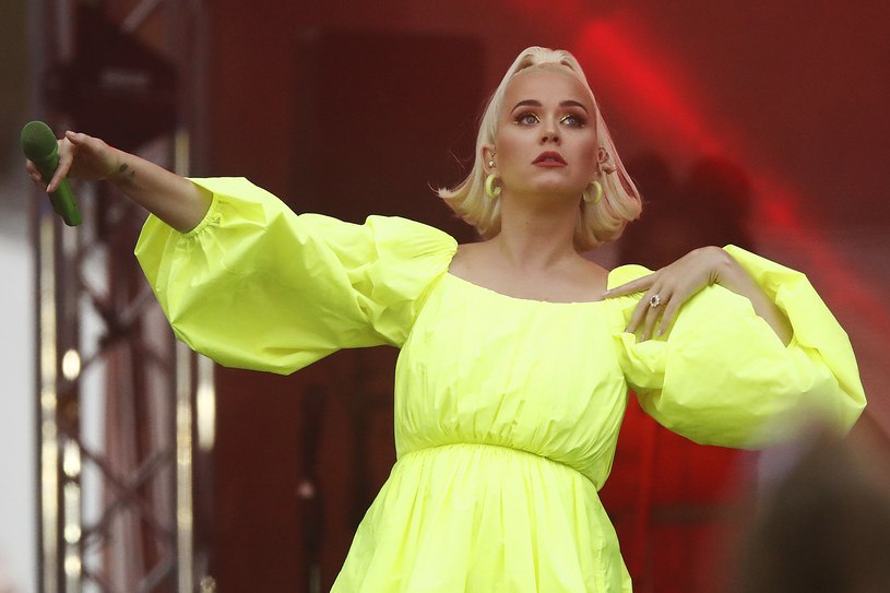 Na Instagramie furorę zrobiło wielkanocne zdjęcie Katy Perry. Spodziewająca się dziecka wokalistka pokazała się w przebraniu króliczka.