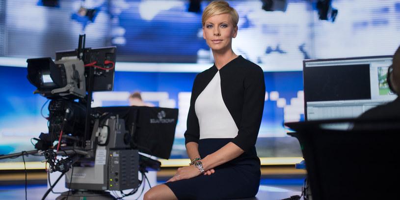 """Jej nazwisko to marka. Widzowie """"Faktów"""" wiedzą, że mogą jej ufać, bo zawsze jest doskonale przygotowana. Laureatka Złotej Telekamery, świetna dziennikarka, opowiada o tym, jak epidemia wpływa na jej pracę."""
