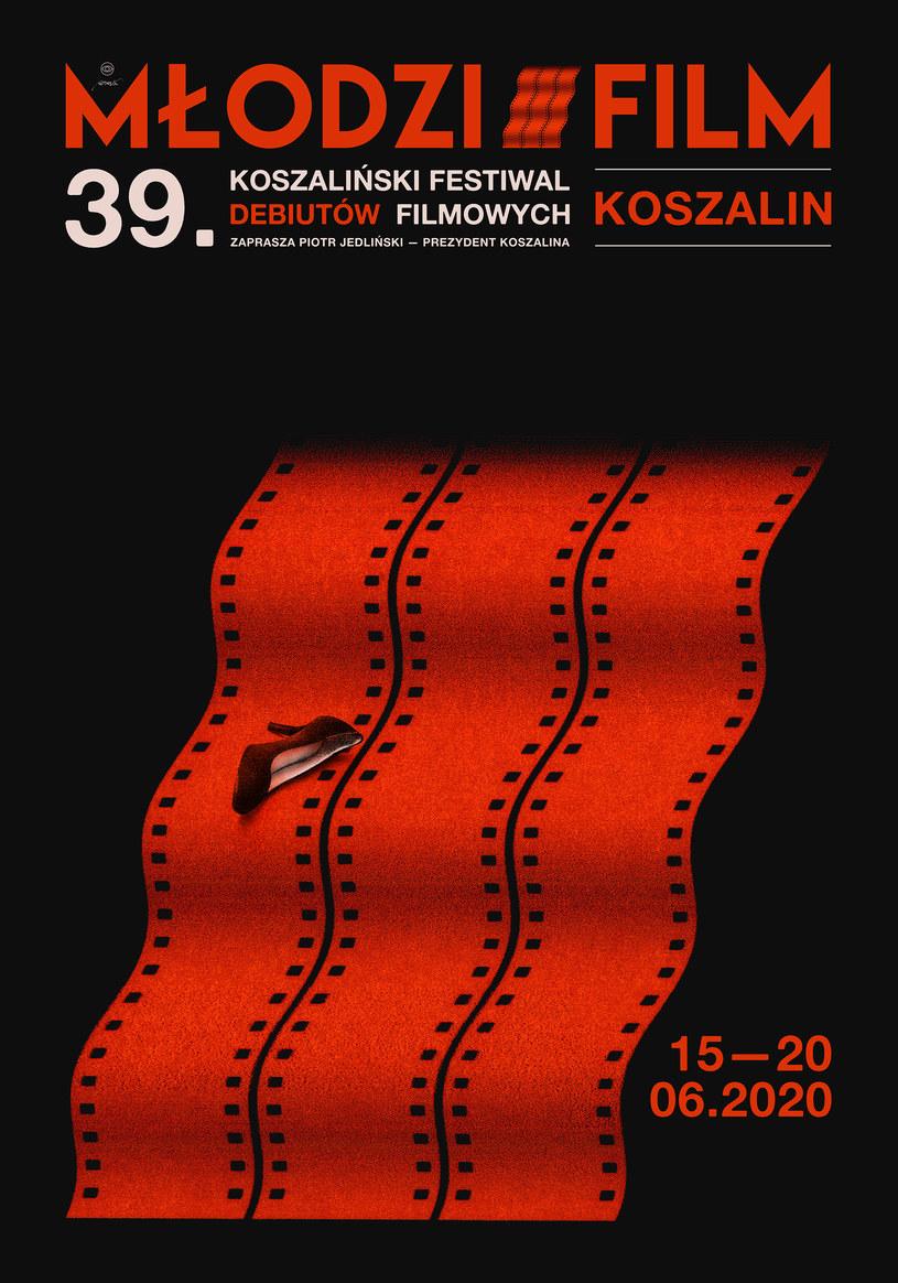 """Tegoroczny Festiwal Debiutów Filmowych """"Młodzi i Film"""" zaplanowany w Koszalinie na 15-20 czerwca w związku z pandemią odbędzie się w terminie 1-5 września, jeśli z powodów sanitarnych będzie to możliwe - poinformował dyrektor programowy Janusz Kijowski."""