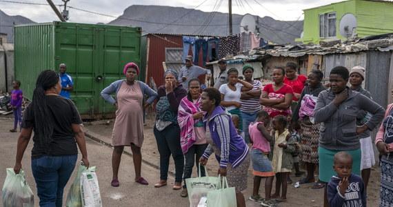 Afryka wciąż może powstrzymać rozwijanie się pandemii Covid-19 - powiedział ekspert Światowej Organizacji Zdrowia (WHO) Mike Ryan. Międzynarodowy Fundusz Walutowy (MFW) zaapelował o szybkie międzynarodowe wsparcie krajów kontynentu w walce z koronawirusem.