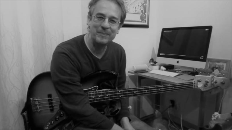 Nie żyje Matthew Seligman, basista zespołu Soft Boys. Zmarł w wyniku komplikacji po zakażeniu koronawirusem.