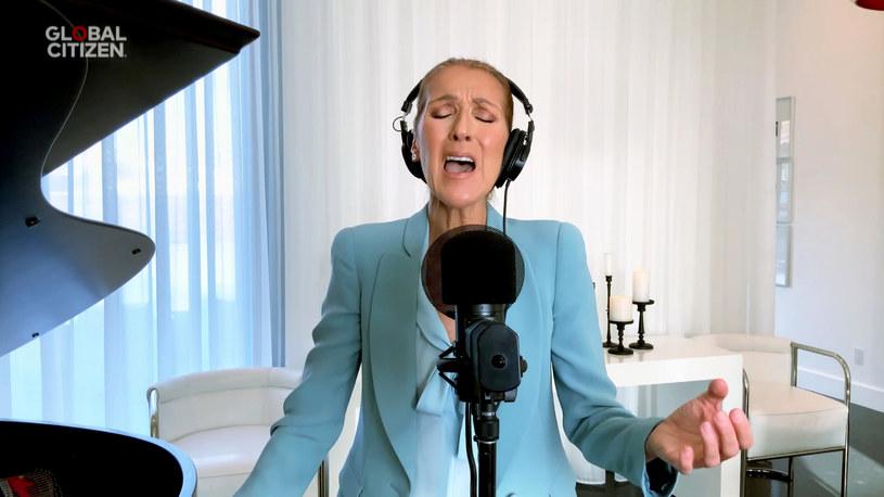 """Jednym z najbardziej emocjonujących momentów koncertu """"One World: Together at Home"""" na rzecz służby zdrowia walczącej z pandemią koronawirusa było wykonanie przeboju """"The Prayer"""" przez śpiewających w oryginale Celine Dion i Andreę Bocelliego, współtwórców wydarzenia Lady Gagę i Johna Legenda oraz pianistę Lang Langa."""