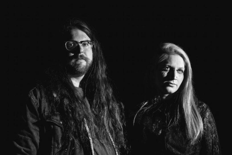Kanadyjski duet Vile Creature spod znaku eksperymentalnego doom metalu opublikuje w czerwcu trzeci longplay.