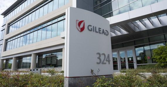 Najwcześniej pod koniec kwietnia będą znane oficjalnie wyniki badań klinicznych nad lekiem antywirusowym o nazwie remdesivir przydatnym w leczeniu Covid-19 - informuje na swej stronie producent preparatu firma Gilead Sciences. Z pierwszych doniesień wynika, że wyraźnie przyśpiesza on zwalczenie choroby przez pacjenta. Na razie jednak dostępne są jedynie szczątkowe dane.