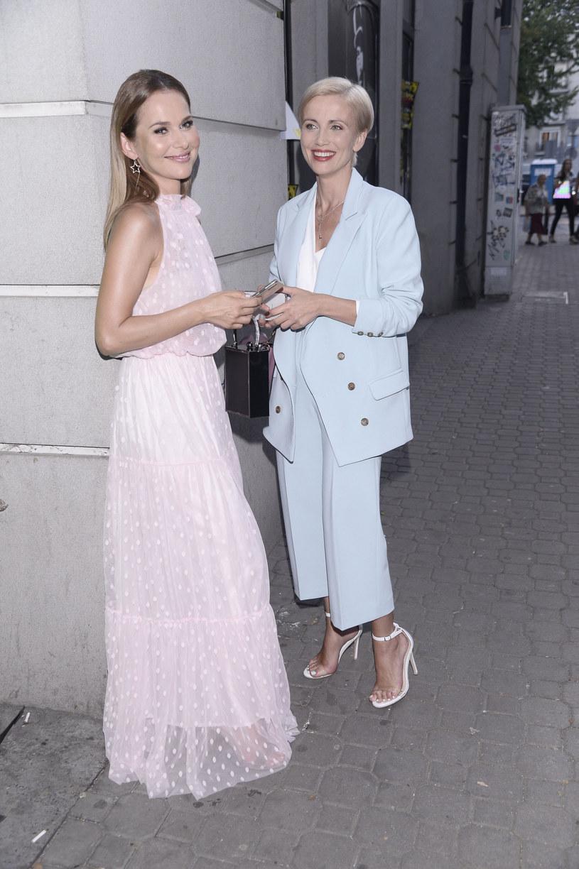 Jedna jest aktorką, druga prezenterką. Ale obie mają tę samą pasję - śpiewanie. I to właśnie dzięki temu hobby Katarzyna Zielińska poznała wiele lat temu Paulinę Sykut-Jeżynę. Do pierwszego ich spotkania doszło zanim jeszcze zostały sławne.