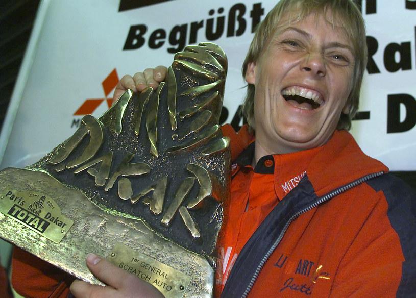 Jutta Kleinschmidt przeszła do historii w 2001 roku. Jako pierwsza kobieta zwyciężyła wtedy bowiem w prestiżowym Rajdzie Paryż-Dakar. Była zarazem pierwszym obywatelem Niemiec, który wygrał ten morderczy wyścig. Teraz powstanie o niej film.