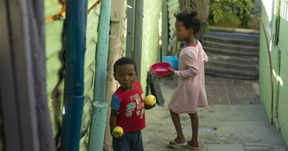 """Organizacja Narodów Zjednoczonych ostrzega przed kolejnym możliwym skutkiem pandemii koronawirusa – chodzi o klęskę głodu o """"biblijnym rozmiarze"""", która może dotknąć 265 milionów ludzi na świecie."""