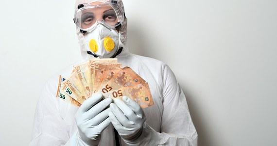 """Postulat południa Europy zaciągania długu przez UE na finansowanie pomocy krajom dotkniętym przez pandemię nie ma szans na realizację. W czwartek nie zgodzą się na to unijni przywódcy – pisze """"Rzeczpospolita""""."""