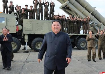 """Korea Południowa twierdzi, że Kim Dzong Un """"żyje i ma się dobrze"""""""