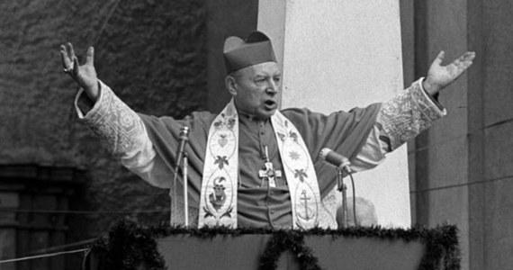 Beatyfikacja prymasa Stefana Wyszyńskiego miała odbyć się 7 czerwca 2020 roku. Tak początkowo ustalono ze Stolicą Apostolską. Termin uroczystości został zawieszony, a nowa data zostanie podana, gdy ustanie pandemia - poinformował we wtorek kard. Kazimierz Nycz.