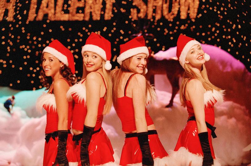 Lindsay Lohan była w poniedziałek, 27 kwietnia, gościem Andy'ego Cohena w jego audycji w radiu SiriusXM. Zanim jednak kontrowersyjna aktorka opowiedziała o swoich planach, podzieliła się swoimi spostrzeżeniami na temat przyszłości Meghan Markle i księcia Harry'ego, którzy niedawno przeprowadzili się do Los Angeles.
