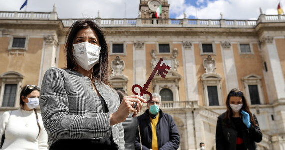 Rządząca Lombardią prawicowa Liga chce, aby region ten zażądał od władz Chin 20 mld euro odszkodowania za straty poniesione z powodu epidemii koronawirusa. O planach tych poinformował w środę deputowany tej partii Paolo Grimoldi.
