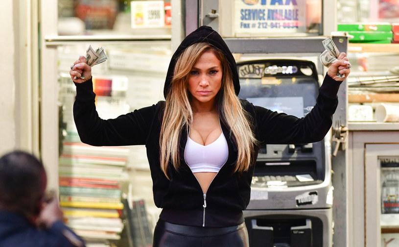 Zdjęcia kulturystki z Houston podbijają sieć. Wszystko z powodu jej podobieństwa do Jennifer Lopez.