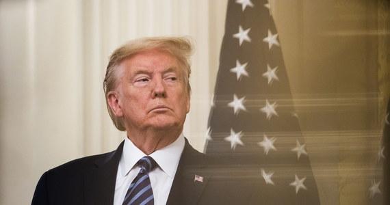 """Prezydent USA Donald Trump jest przekonany, że koronawirus może pochodzić z laboratorium Instytutu Wirusologii w chińskim Wuhanie - taką deklarację złożył na konferencji prasowej. Co więcej, amerykański przywódca nie wykluczył zastosowania """"karnych"""" ceł wobec Chin, które oskarżył o zbyt późne powiadomienie świata o epidemii."""