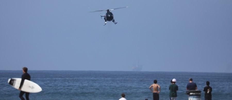 Gubernator Kalifornii Gavin Newsom zdecydował o ograniczeniu dostępu do plaż, co wywołało m.in. protesty mieszkańców. Słoneczna pogoda w ubiegły weekend przyciągnęła tłumy na kalifornijskie plaże mimo koronawirusa.