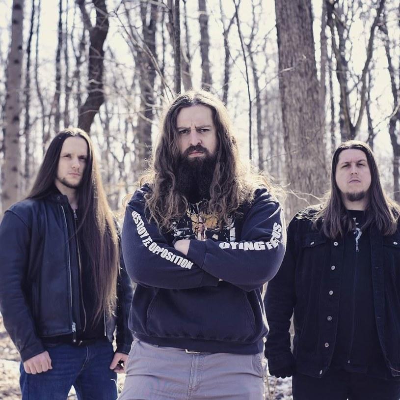 """Pod koniec maja światło dzienne ujrzy """"Eternity's End"""", pierwsza płyta amerykańskiej formacji Astralborne."""