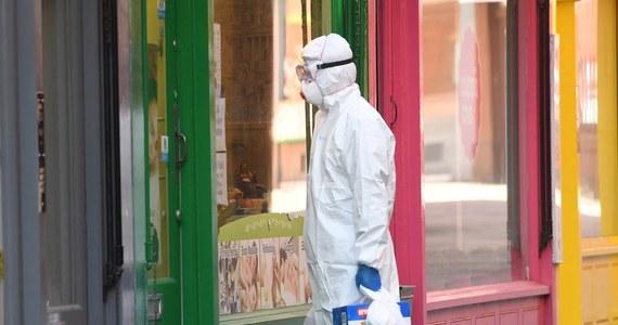 O 288 wzrosła w ciągu doby liczba zgonów z powodu koronawirusa w Wielkiej Brytanii, co oznacza, że łączna liczba ofiar śmiertelnych epidemii w tym kraju wynosi już 28 734 - poinformował w poniedziałek po południu minister zdrowia Matt Hancock.