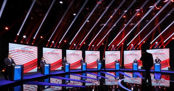Większość kandydatów w wyborach prezydenckich 10 maja, które nie zostaną przeprowadzone, zapowiada ponowny udział w wyścigu o stanowisko głowy państwa. Wybory nie odbędą się 10 maja, bo Jarosław Kaczyński i Jarosław Gowin w wieczornym oświadczeniu ogłosili, że w najbliższą niedzielę nie pójdziemy głosować. Obaj politycy zakładają, że w takiej sytuacji Sąd Najwyższy stwierdzi nieważność wyborów, a wówczas zostanie wyznaczony nowy termin.