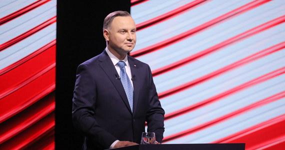Prezydent Andrzej Duda podpisał ustawę ws głosowania korespondencyjnego w wyborach prezydenckich 2020 r. – poinformował rzecznik prezydenta Błażej Spychalski.
