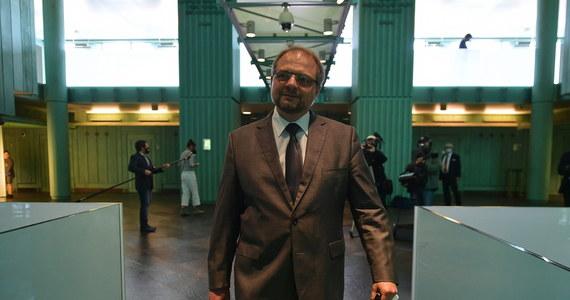 O możliwości dokończenia procedury wyboru kandydatów na I prezesa Sądu Najwyższego w trzy godziny zapewnił w rozmowie z PAP sędzia Aleksander Stępkowski. Jego zdaniem wybory w SN nie powinny nastręczać żadnych problemów przy okazaniu minimum dobrej woli.