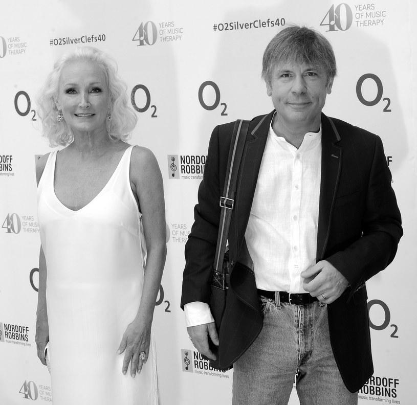 Paddy Bowden – była żona lidera Iron Maiden Bruce'a Dickinsona – zmarła 18 maja w wyniku nieszczęśliwego wypadku.