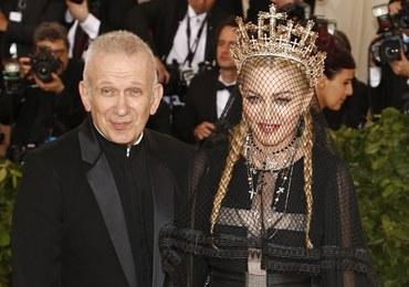 Krawiec Lady Gagi i Madonny proponuje prowokacyjne maseczki! Co o nich sądzicie?