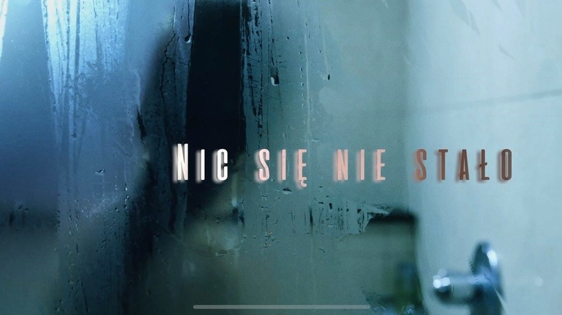 """Dokument Sylwestra Latkowskiego """"Nic się nie stało"""" na temat pedofilii będzie można obejrzeć w środę wieczorem, 20 maja, w TVP1. Po emisji odbędzie się debata na antenie Telewizji Polskiej. """"Będzie dym"""" - tak zapowiadał film w grudniu 2019 roku Jacek Kurski, ówczesny prezes TVP."""