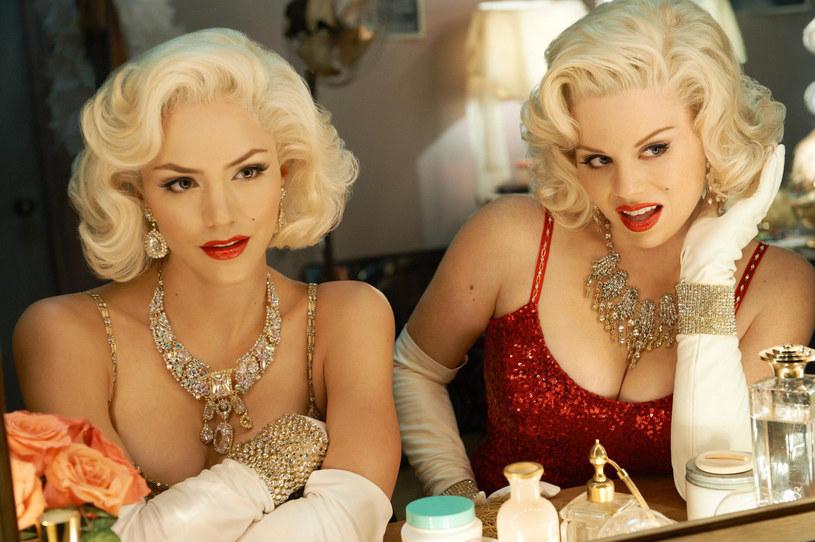 """Legendarny reżyser był jednym z producentów nadawanego od 2012 roku na antenie stacji NBC muzycznego serialu """"Smash"""". Opowiadał on o ekipie przygotowującej broadwayowski musical opowiadający o życiu Marilyn Monroe. Teraz zobaczymy go w musicalowej wersji, a Spielberg znów zajmie się produkcją."""