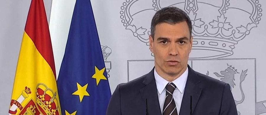 """""""Turyści, Hiszpania czeka na was od lipca, oferując bezpieczne warunki"""" – poinformował premier Hiszpanii Pedro Sanchez. """"W tym roku będziemy mieć sezon urlopowy"""" - zapowiedział."""