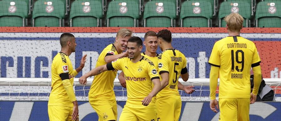 Piłkarze Borussii Dortmund pokonali na wyjeździe VfL Wolfsburg 2:0 w 27. kolejce niemieckiej ekstraklasy. Cały mecz w barwach gości rozegrał Łukasz Piszczek.