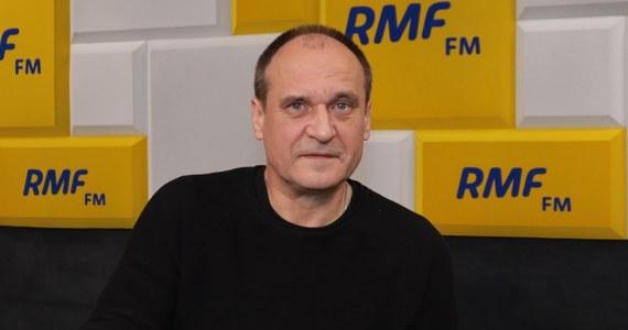 """""""W II turze na zwycięstwo z Dudą ma szansę tylko Kosiniak-Kamysz"""" - stwierdził w Porannej rozmowie w RMF FM lider Kukiz'15 - Paweł Kukiz. """"Łatwiej będzie z całą pewnością atakować PiS-owi Trzaskowskiego - oni go po prostu zajadą, jestem przekonany - niż kobietę"""" - dodał, odnosząc się do wymiany kandydata na prezydenta przez Koalicję Obywatelską."""
