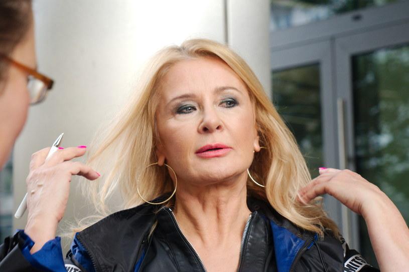 Ostatnie wybory prezydenckie odbiły się głośnym echem również wśród polskich celebrytów. Do wyników odniosła się m.in. Majka Jeżowska.