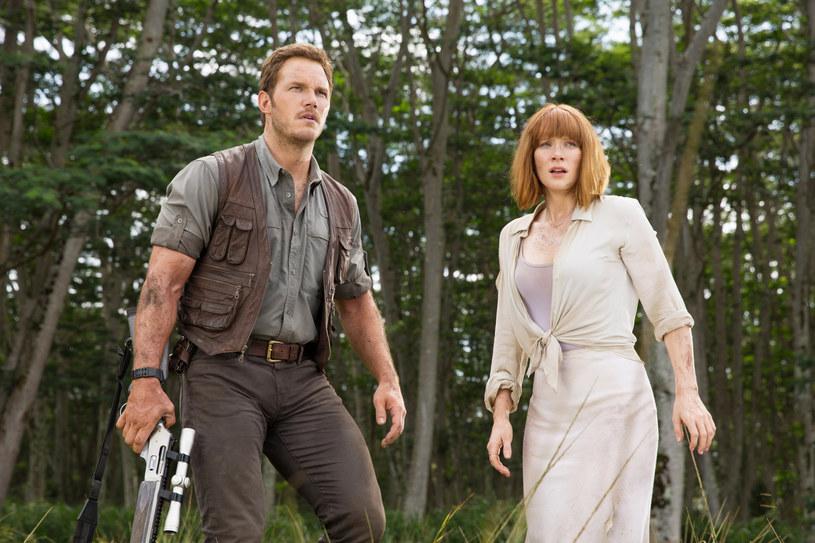 """Choć wielu przypuszczało, że trzy filmy serii """"Jurassic World"""" zamkną się w pełną opowieść, a swoistą klamrę serii stanowić będzie powrót do serii gwiazd pierwszego """"Parku Jurajskiego"""" - teraz mamy już pewność. Kolejne filmy cyklu to tylko kwestia czasu. Zapewnia o tym producent Frank Marshall, który twierdzi, że powstający właśnie """"Jurassic World: Dominion"""" będzie początkiem nowej ery. A na pytanie o to, czy to koniec, odpowiada wprost: """"Nie""""."""
