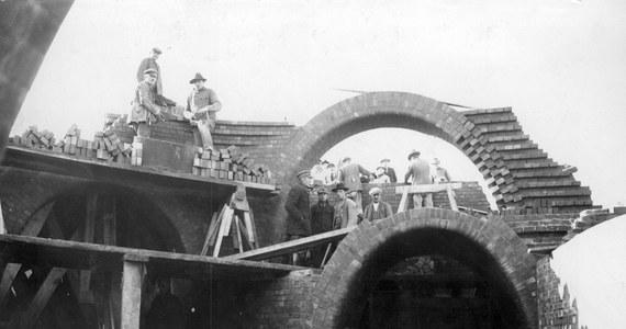 Unikatowy film przedstawiający początki budowy łódzkich kanałów został odnaleziony w Stanach Zjednoczonych. To jedyny zachowany dokument filmowy z budowy łódzkiej kanalizacji.