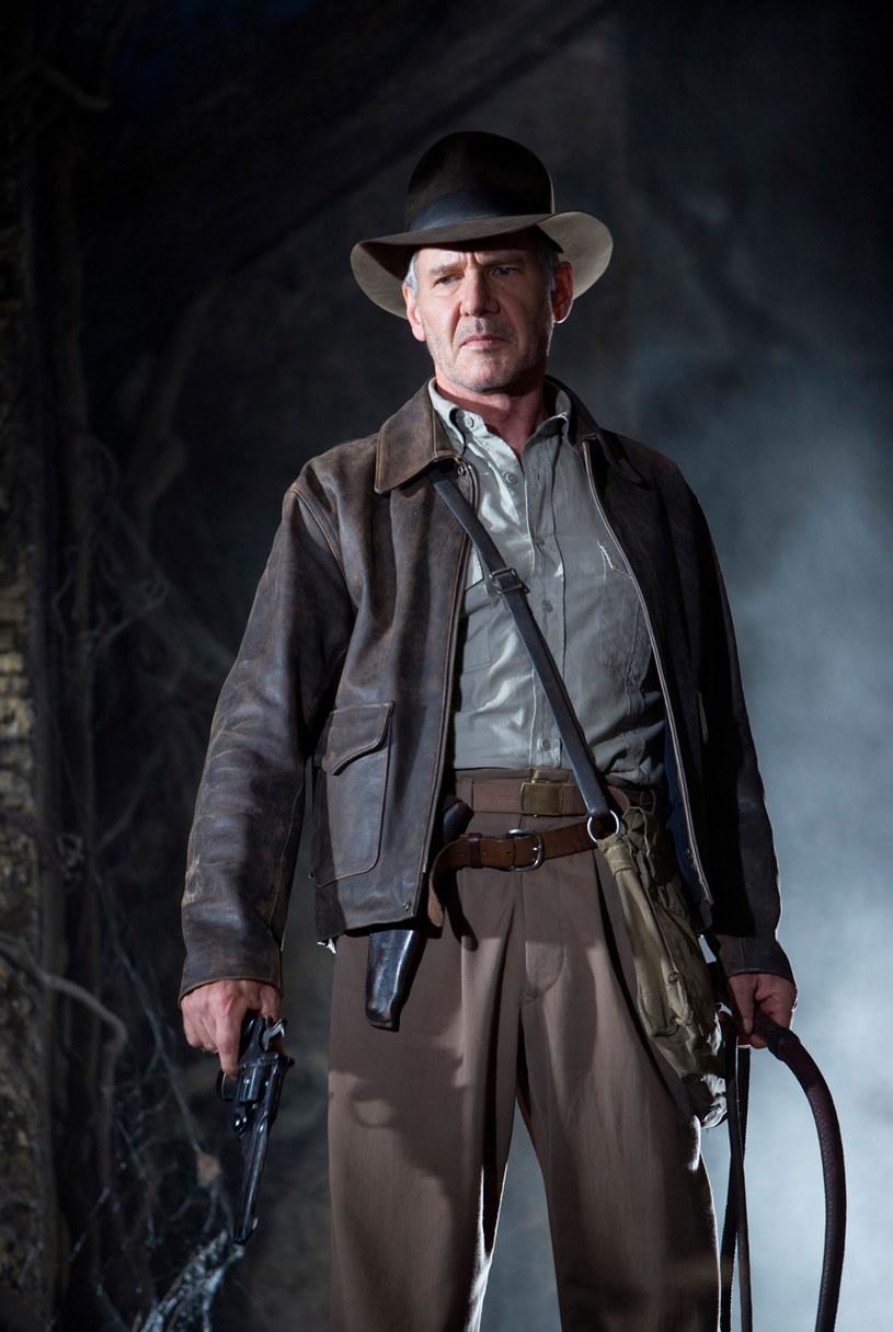 """Choć przez jakiś czas można było odnieść wrażenie, że piąta część popularnej serii o przygodach Indiany Jonesa nigdy nie powstanie, to właśnie oficjalnie potwierdzono informację o tym, że film zostanie nakręcony, a do tego podano nawet datę jego premiery - ta ma się odbyć w lipcu 2022 roku. Jednocześnie pojawiła się wiadomość, że film pod roboczym tytule """"Indiana Jones 5"""" będzie ostatnią częścią tego kultowego cyklu."""