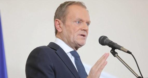 Za bałagan z wyborami prezydenckimi odpowiadają konkretni ludzie, nikt nie ma prawa zdejmować z nich tej odpowiedzialności - powiedział przewodniczący Europejskiej Partii Ludowej Donald Tusk. Zadeklarował także, że weźmie udział w wyborach i dodał, że jego zdaniem Rafał Trzaskowski jest dobrym kandydatem na prezydenta.