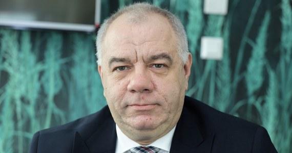 Wicepremier i minister aktywów państwowych Jacek Sasin otrzymał negatywny wynik testu na koronawirusa. Taką informację przekazał wiceminister aktywów państwowych Artur Soboń w rozmowie z portalem money.pl